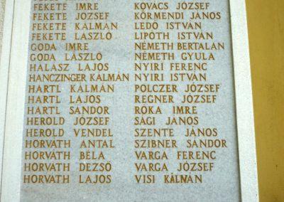 Győrszemere világháborús emléktáblák a templom falán 2010.06.07. küldő-Sümec (8)