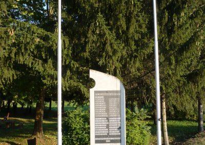Győrvár hősi emlékmű 2009.09.25. küldő-Sümec (4)