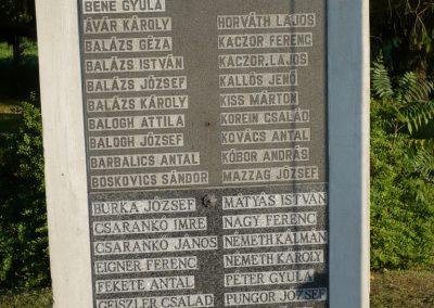 Győrvár hősi emlékmű 2009.09.25. küldő-Sümec (5)