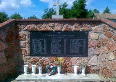 Gyarmat II.vh emlékmű 2010.08.11. küldő-Csiszár Lehel (1)