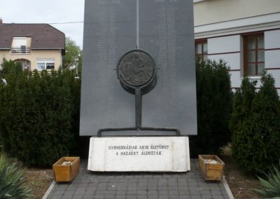 Gyenesdiás világháborús emlékmű 2011.09.15. küldő-Sümec