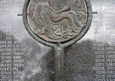Gyenesdiás világháborús emlékmű 2011.09.15. küldő-Sümec (9)
