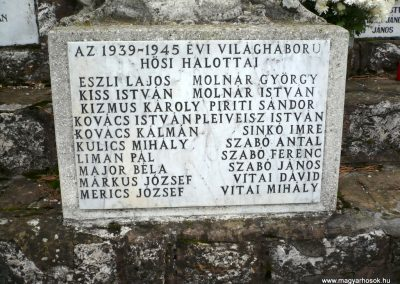 Gyepükaján világháborús emlékmű 2013.10.30. küldő-Sümec (5)