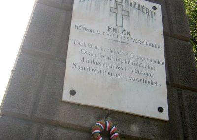 Gyergyószárhegy hősi emlékmű 2011.09.19. küldő-Mónika39-né (1)