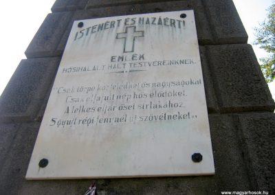 Gyergyószárhegy hősi emlékmű 2011.09.19. küldő-Mónika39-né (2)