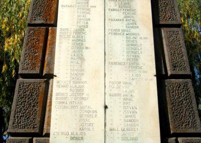 Gyergyószárhegy hősi emlékmű 2011.09.19. küldő-Mónika39-né (7)