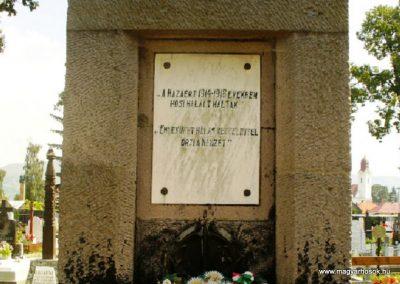 Gyergyószentmiklós I.vh emlékmű 2010.08.05. küldő-ERA (2)