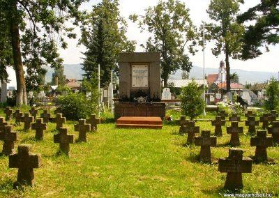 Gyergyószentmiklós I.vh emlékmű 2010.08.05. küldő-ERA