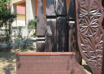 Gyulaháza világháborús emlékmű 2013.07.08. küldő-kalyhas (3)