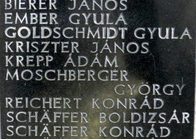 Hács Evangélikus templom világháborús emlékmű 2014.03.21. küldő-Huber Csabáné (3)