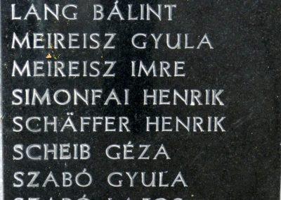 Hács Evangélikus templom világháborús emlékmű 2014.03.21. küldő-Huber Csabáné (4)