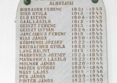 Hács Római katolikus templom világháborús emléktáblák 2014.03.21. küldő-Huber Csabáné (3)
