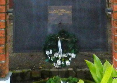 Háromfa világháborús emlékmű 2014.10.18. küldő-Huber Csabáné (7)