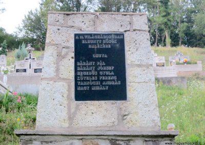 Háromhuta- Óhuta II.világháborús emlékmű 2012.08.19. küldő-kalyhas (2)