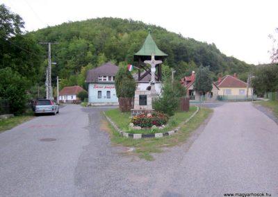 Háromhuta- Újhuta II. világháborús emlékmű 2012.08.19. küldő-kalyhas