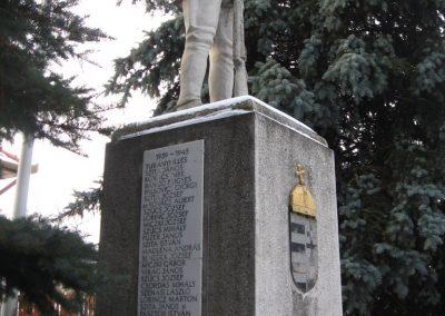 Héhalom világháborús emlékmű 2010.01.26. küldő-kalyhas (12)