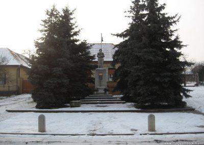 Héhalom világháborús emlékmű 2010.01.26. küldő-kalyhas