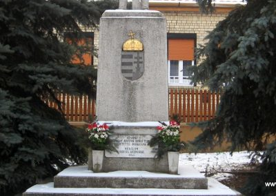 Héhalom világháborús emlékmű 2010.01.26. küldő-kalyhas (8)