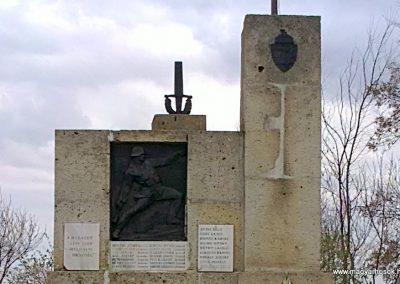 Hét világháborús emlékmű 2012.04.06. küldő-Pataki Tamás (1)