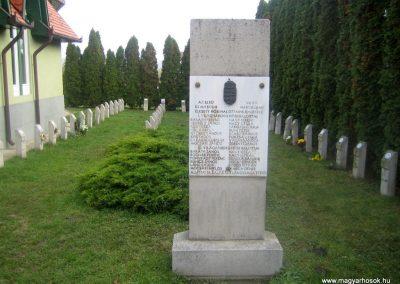 Hévíz-Egregy világháborús emlékmű 2011.11.01. küldő-Tiberio