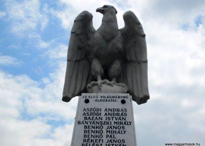 Hévízgyörk világháborús emlékmű 2014.05.05. küldő-kalyhas (3)