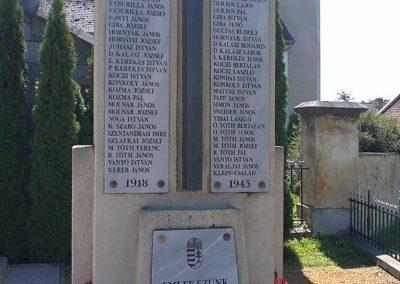 Hídvégardó világháborús emlékmű 2011.08.11. küldő-Pataki Tamás (2)