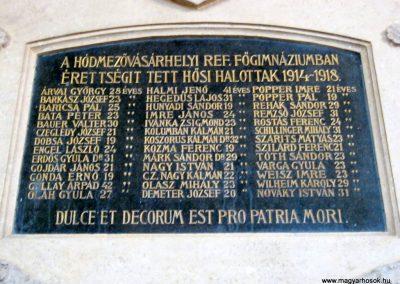 Hódmezővásárhely Bethlen Gábor Gimnázium I. és II. világháborús emléktáblák 2015.03.20. küldő-Emese (5)