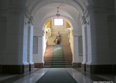 Hódmezővásárhely a Városháza lépcsőháza I. világháborús emlék 2015.03.20. küldő-Emese (1)
