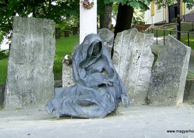 Hőgyész II.vh emlékmű 2011.06.13. küldő-Bagoly András (2)