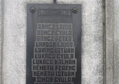 Hagyárosbörönd világháborús emlékmű 2007.08.25.küldő-HunMi (2)