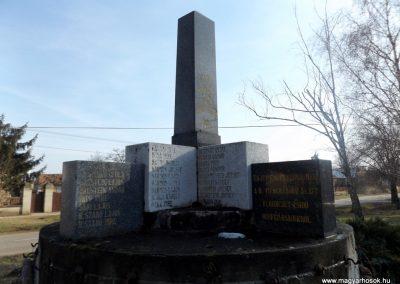 Hajdúbagos világháborús emlékmű 2018.01.27. küldő-kalyhas (7)