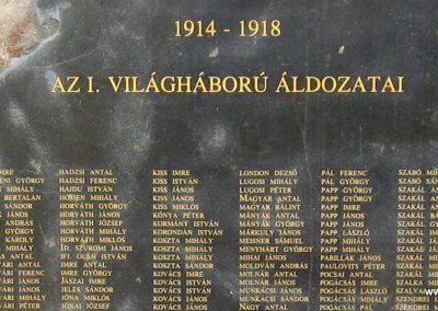 Hajdúdorog I. és II. világháborús emlékmű 2007.06.01.küldő-Kályhás (3)