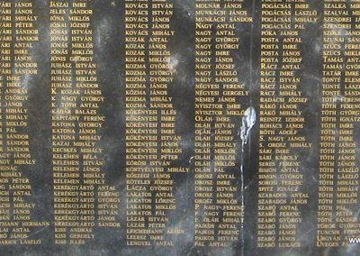 Hajdúdorog I. és II. világháborús emlékmű 2007.06.01.küldő-Kályhás (4)
