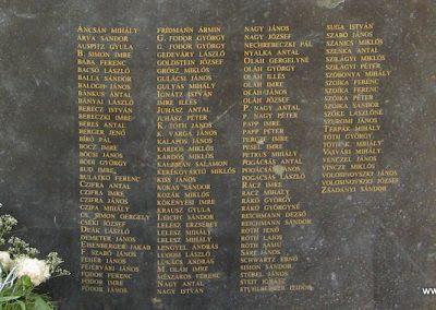 Hajdúdorog I. és II. világháborús emlékmű 2007.06.01.küldő-Kályhás (7)