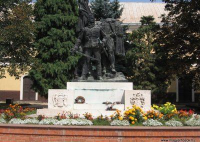 Hajdúnánás I.vh emlékmű 2007.08.23. küldő-Kályhás