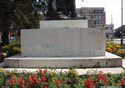 Hajdúnánás I.vh emlékmű 2007.08.23. küldő-Kályhás (6)