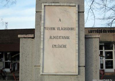 Hajdúsámson II. világháborús emlékmű 2014.02.07. küldő-kalyhas (4)