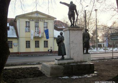 Hajdúsámson világháborús emlékmű 2014.02.07. küldő-kalyhas (14)