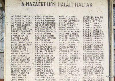 Hajdúsámson világháborús emlékmű 2014.02.07. küldő-kalyhas (4)
