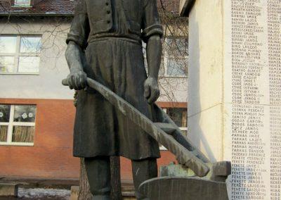 Hajdúsámson világháborús emlékmű 2014.02.07. küldő-kalyhas (8)