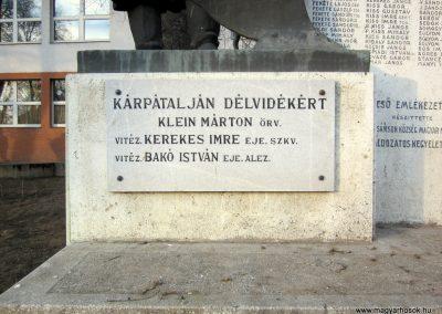 Hajdúsámson világháborús emlékmű 2014.02.07. küldő-kalyhas (9)