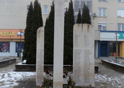 Hajdúszoboszló II. világháborús emlékmű 2018.01.28. küldő-kalyhas (2)