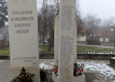 Hajdúszoboszló II. világháborús emlékmű 2018.01.28. küldő-kalyhas (5)