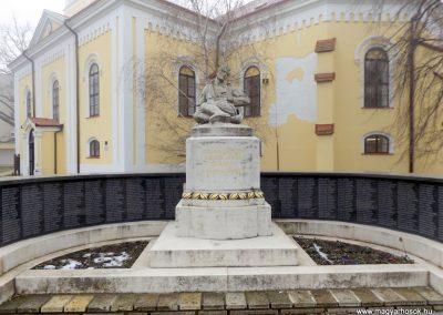 Hajdúszoboszló felújított I. világháborús emlékmű 2018.01.28. küldő-kalyhas (1)