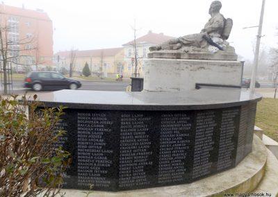 Hajdúszoboszló felújított I. világháborús emlékmű 2018.01.28. küldő-kalyhas (10)