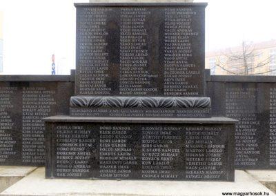 Hajdúszoboszló felújított I. világháborús emlékmű 2018.01.28. küldő-kalyhas (14)
