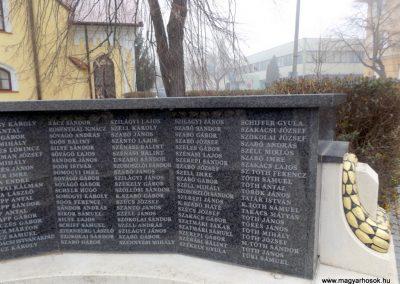Hajdúszoboszló felújított I. világháborús emlékmű 2018.01.28. küldő-kalyhas (8)