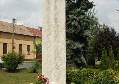 Hajdúszovát II.vh emlékmű 2009.08.24.küldő-Ágca (4)