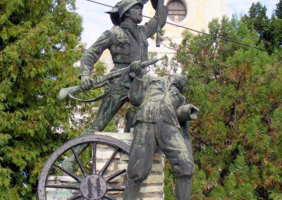 Hajmáskér világháborús emlékmű 2012.09.01. küldő-Méri (3)