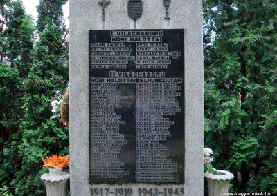 Halmaj világháborús emlékmű 2011.05.23. küldő-megtorló (3)